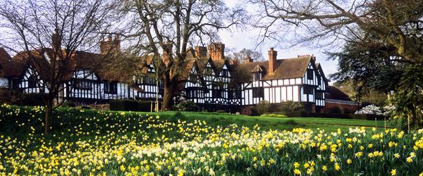Ascott-House-Gardens-Buckin
