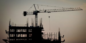 building-site-with-crane